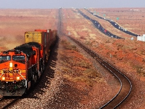 internal combustion, Desert, Train